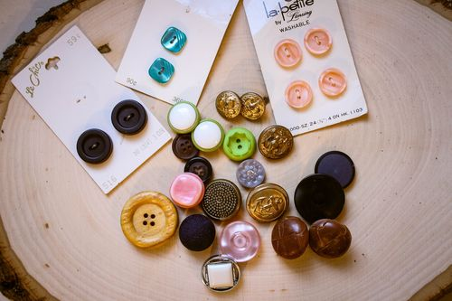 Custom 10 minute button earrings l Our Sweet Somewhere